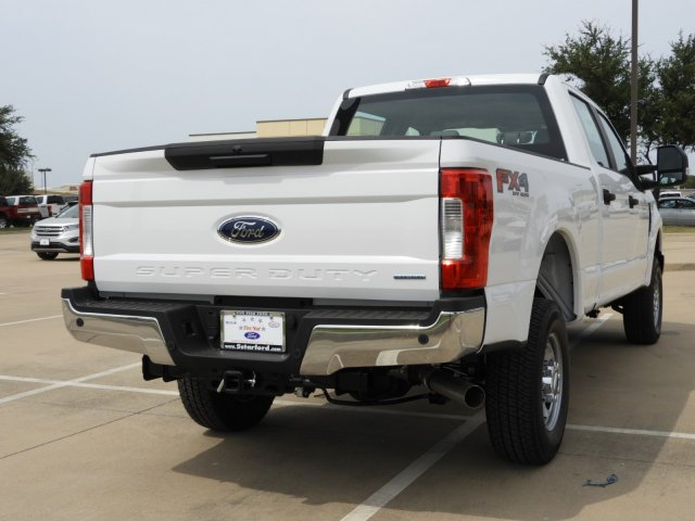 2017 F-250 Crew Cab 4x4 Pickup #HEE72869 - photo 2