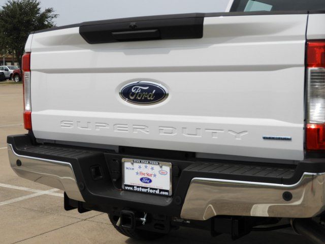 2017 F-250 Crew Cab 4x4 Pickup #HEE72869 - photo 5