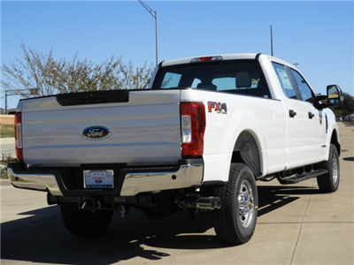 2017 F-350 Crew Cab 4x4 Pickup #HEE86692 - photo 2