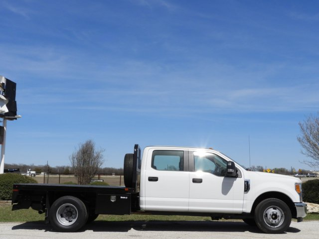 2017 F-350 Crew Cab DRW 4x2,  Knapheide Platform Body #HEF23705 - photo 5
