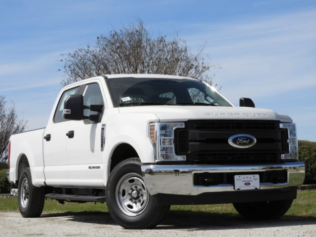 2018 F-250 Crew Cab 4x2,  Pickup #JEB42175 - photo 3