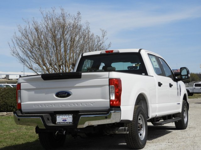 2018 F-250 Crew Cab 4x2,  Pickup #JEB42175 - photo 2