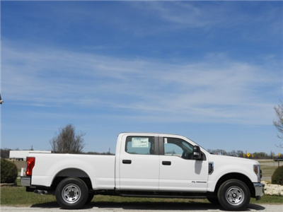 2018 F-250 Crew Cab 4x2,  Pickup #JEB42175 - photo 5