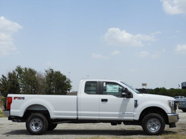 2018 F-250 Super Cab 4x4,  Pickup #JEC25500 - photo 5