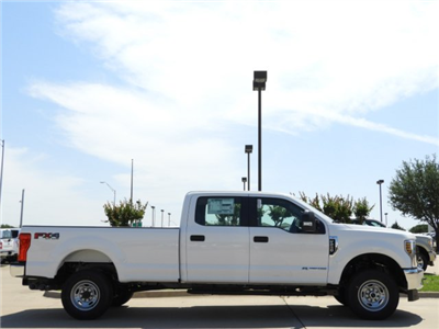 2018 F-250 Crew Cab 4x4,  Pickup #JEC55501 - photo 5