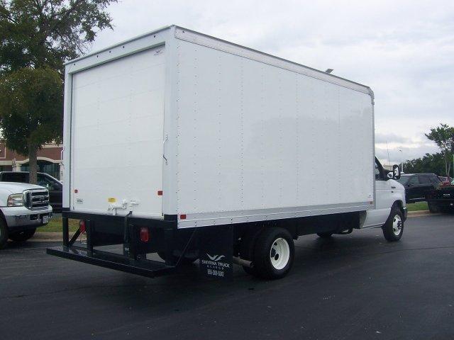 2019 E-350 4x2, Smyrna Truck Aluminum Dry Freight #KDC63063 - photo 2