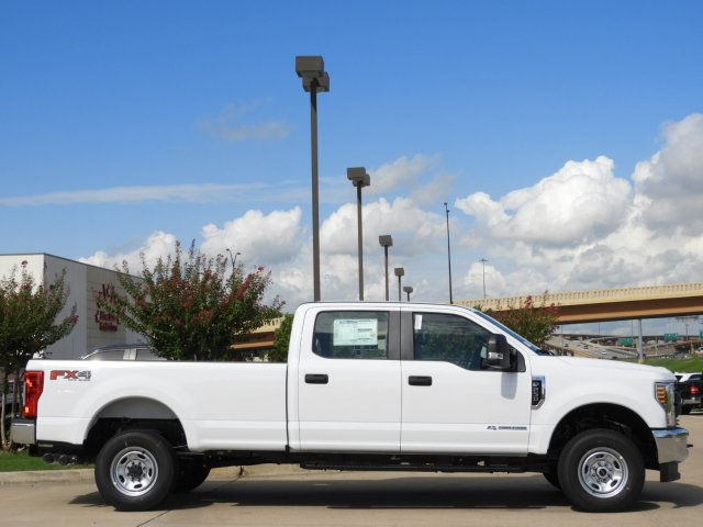 2019 F-250 Crew Cab 4x4,  Pickup #KEC45000 - photo 3