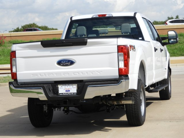 2019 F-250 Crew Cab 4x4,  Pickup #KEC45000 - photo 2