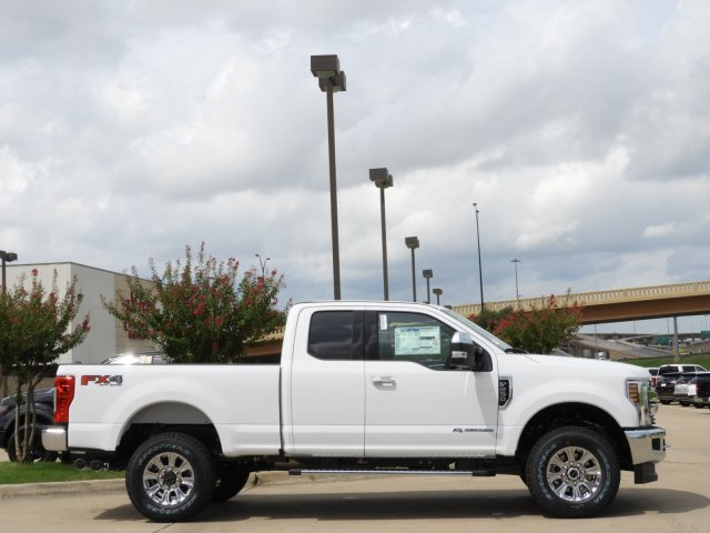 2019 F-250 Super Cab 4x4, Pickup #KEC45075 - photo 4