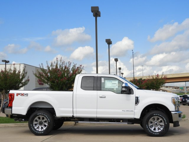 2019 F-250 Super Cab 4x4,  Pickup #KEC45083 - photo 3