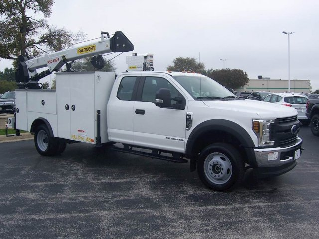 2019 F-550 Super Cab DRW 4x4, Palfinger Mechanics Body #KEC46318 - photo 1