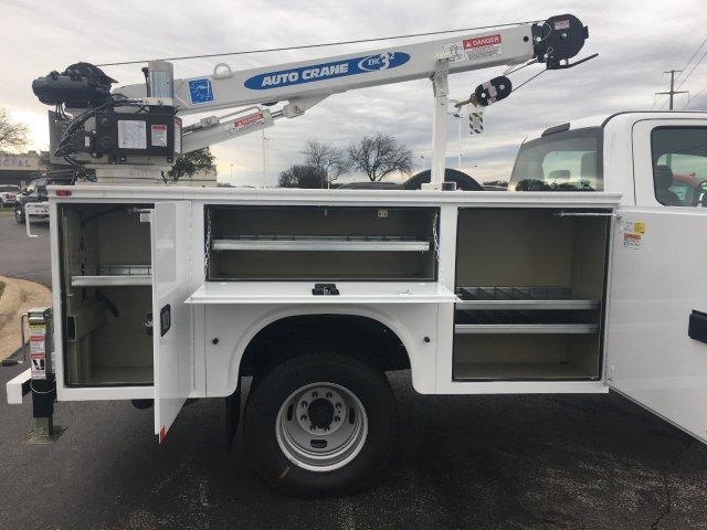 2019 F-350 Crew Cab DRW 4x4, Knapheide Standard Service Body Mechanics Body #KEE28923 - photo 7