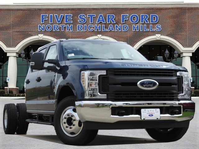 2019 F-350 Crew Cab DRW 4x2, Cab Chassis #KEE90049 - photo 1