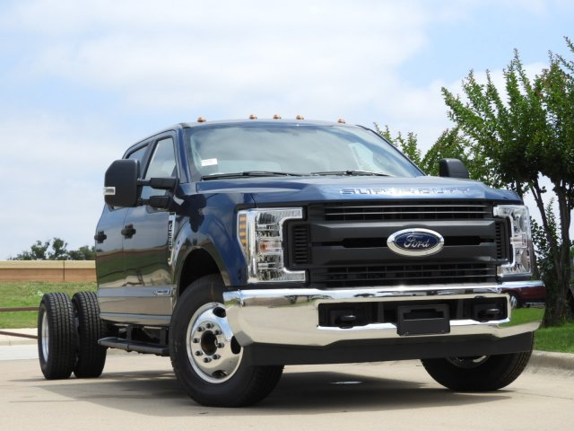 2019 F-350 Crew Cab DRW 4x2, Cab Chassis #KEE90049 - photo 4