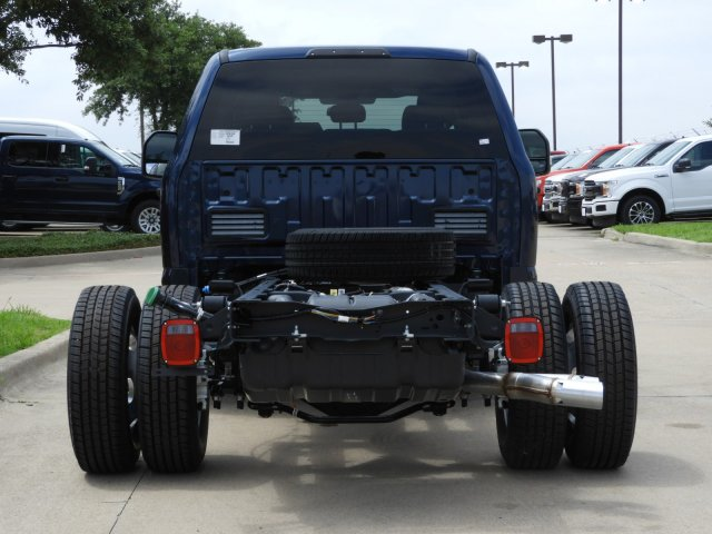 2019 F-350 Crew Cab DRW 4x2, Cab Chassis #KEE90049 - photo 6