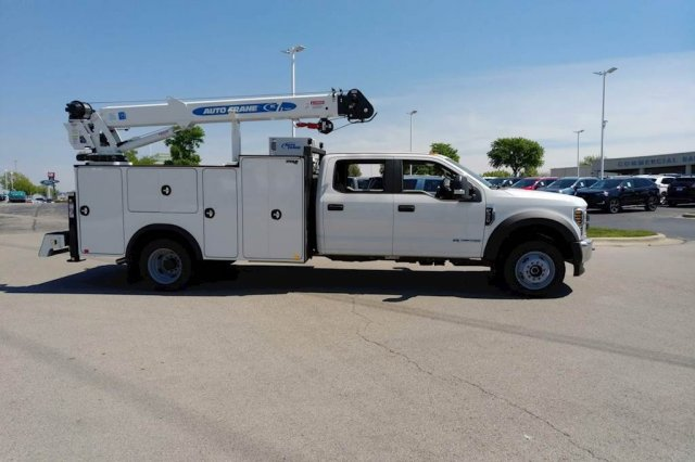 2019 F-550 Crew Cab DRW 4x4, Auto Crane Titan Mechanics Body #KEE93344 - photo 3