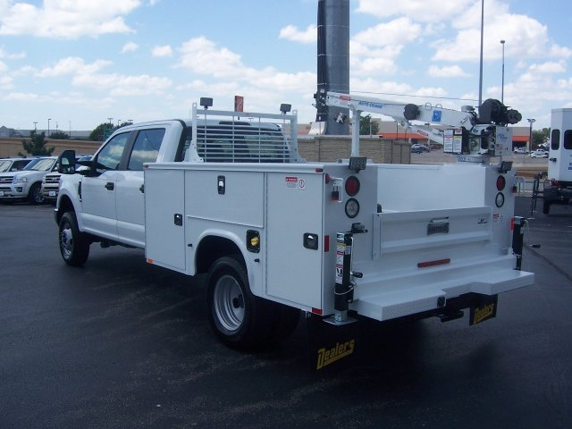 2019 F-350 Crew Cab DRW 4x4, Knapheide Crane Body #KEE93427 - photo 1