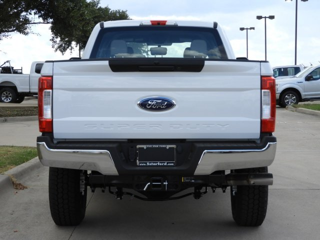 2019 F-350 Crew Cab 4x4, Pickup #KEG38175 - photo 6