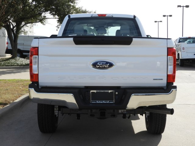 2019 F-250 Crew Cab 4x4, Pickup #KEG54689 - photo 6
