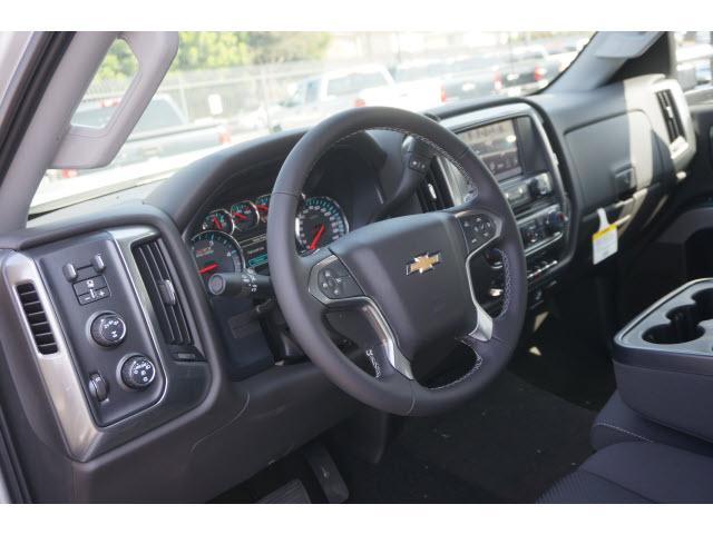 2018 Silverado 2500 Crew Cab 4x4 Pickup #180303 - photo 4