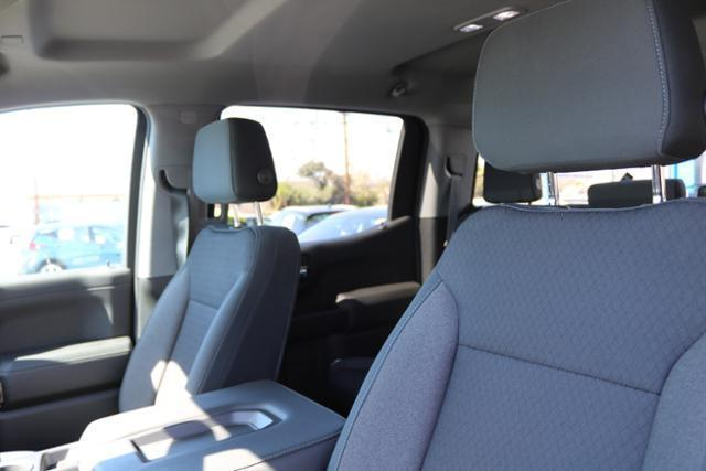 2019 Silverado 1500 Crew Cab 4x2,  Pickup #192672 - photo 9