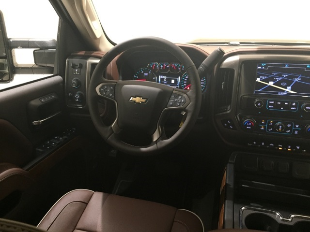 2018 Silverado 3500 Crew Cab 4x4,  Pickup #44595 - photo 9