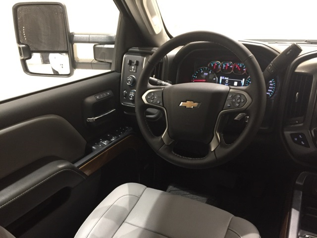 2019 Silverado 3500 Crew Cab 4x4,  Pickup #44785 - photo 9