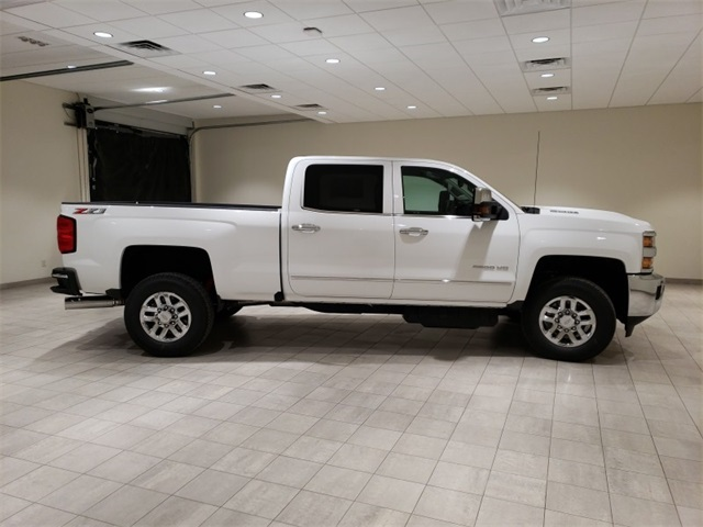 2019 Silverado 2500 Crew Cab 4x4,  Pickup #45164 - photo 8