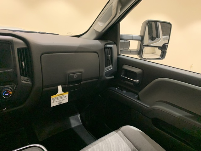 2019 Silverado 3500 Crew Cab 4x4,  Pickup #45239 - photo 11