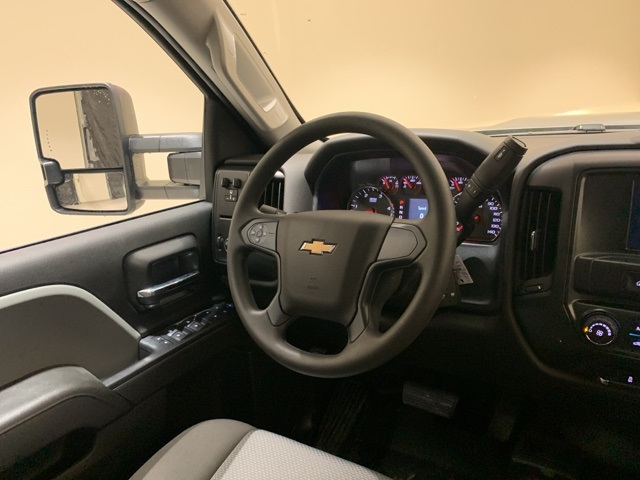2019 Silverado 3500 Crew Cab 4x4,  Pickup #45239 - photo 9