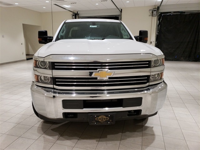 2018 Silverado 3500 Double Cab 4x4,  Cab Chassis #45379 - photo 4