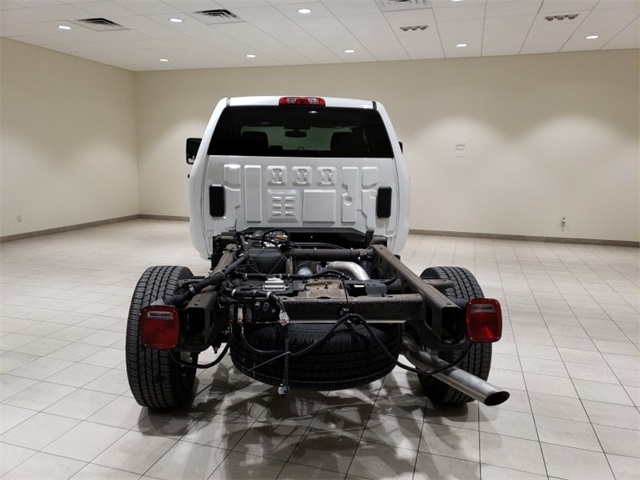2018 Silverado 3500 Double Cab 4x4,  Cab Chassis #45379 - photo 6