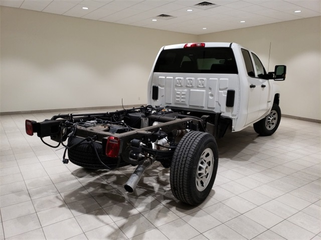 2018 Silverado 3500 Double Cab 4x4,  Cab Chassis #45379 - photo 7