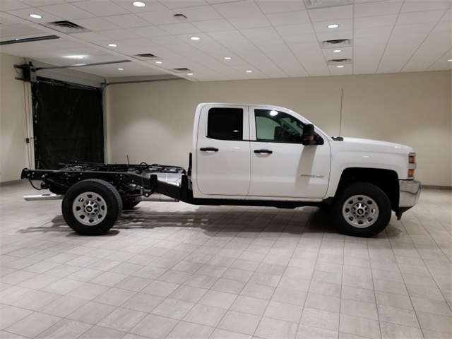 2018 Silverado 3500 Double Cab 4x4,  Cab Chassis #45379 - photo 8