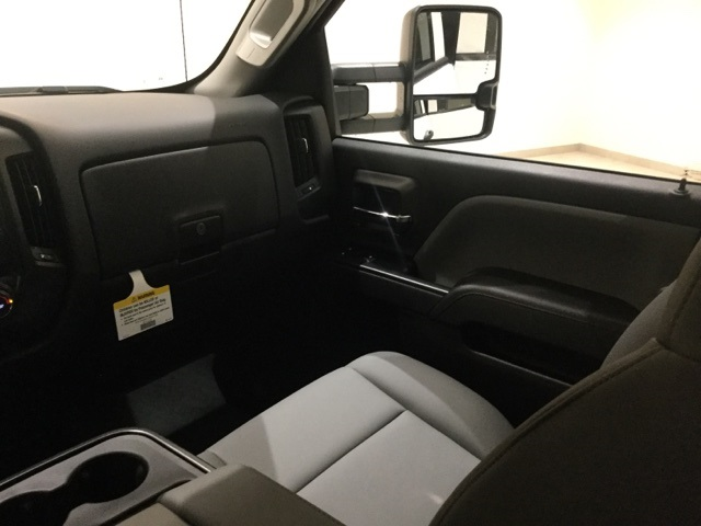 2019 Silverado 2500 Crew Cab 4x4,  Pickup #45385 - photo 11