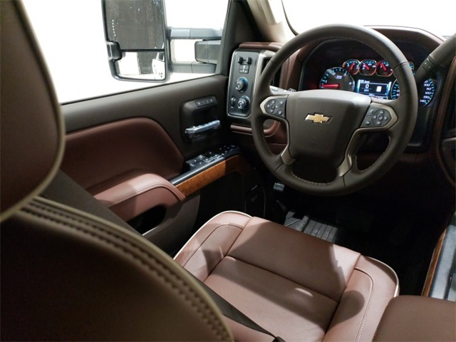 2019 Silverado 2500 Crew Cab 4x4,  Pickup #45439 - photo 9