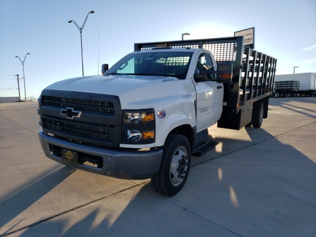 2019 Chevrolet Silverado 6500 Regular Cab DRW 4x2, CM Truck Beds Stake Bed #45810 - photo 1