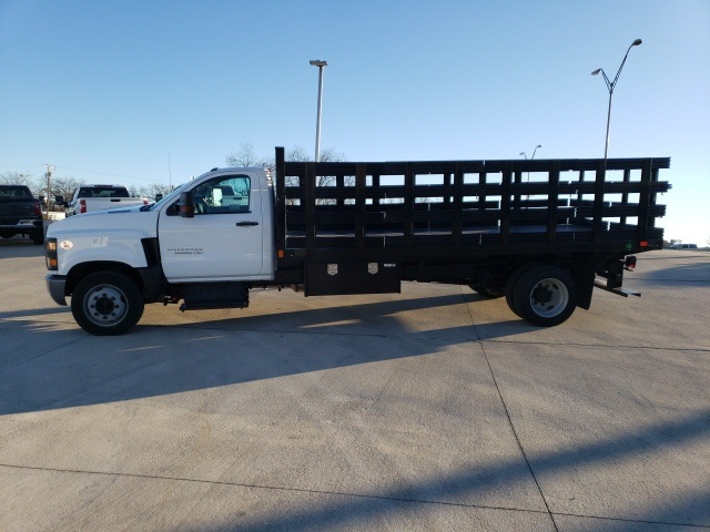 2019 Chevrolet Silverado 6500 Regular Cab DRW 4x2, CM Truck Beds PL Model Stake Bed #45810 - photo 5