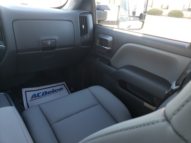 2020 Chevrolet Silverado 4500 Crew Cab DRW 4x2, Cab Chassis #46608 - photo 11