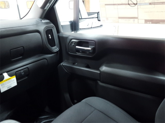 2020 Chevrolet Silverado 3500 Regular Cab 4x4, Pickup #47379 - photo 11