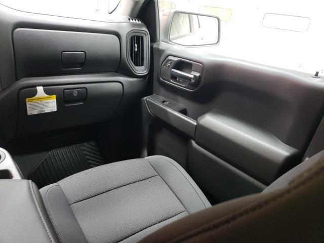 2020 Chevrolet Silverado 1500 Crew Cab 4x2, Pickup #47688 - photo 11