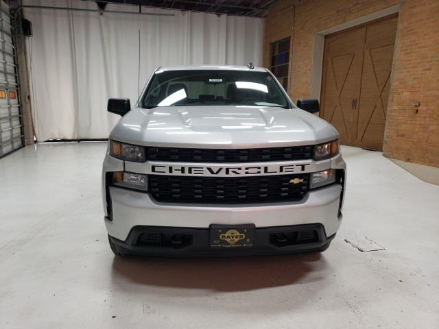 2020 Chevrolet Silverado 1500 Crew Cab 4x2, Pickup #47688 - photo 3