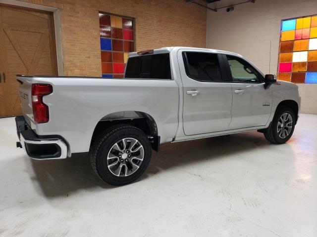 2020 Chevrolet Silverado 1500 Crew Cab 4x4, Pickup #47847 - photo 8