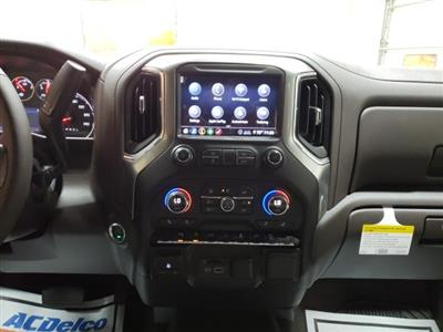 2020 Chevrolet Silverado 1500 Crew Cab 4x4, Pickup #47847 - photo 16