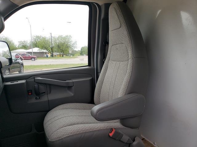 2020 Chevrolet Express 3500 4x2, Cutaway Van #47854 - photo 11