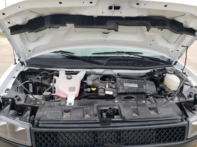 2020 Chevrolet Express 3500 4x2, Cutaway Van #47854 - photo 18
