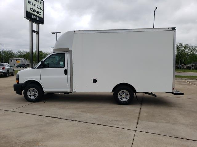 2020 Chevrolet Express 3500 4x2, Cutaway Van #47854 - photo 6