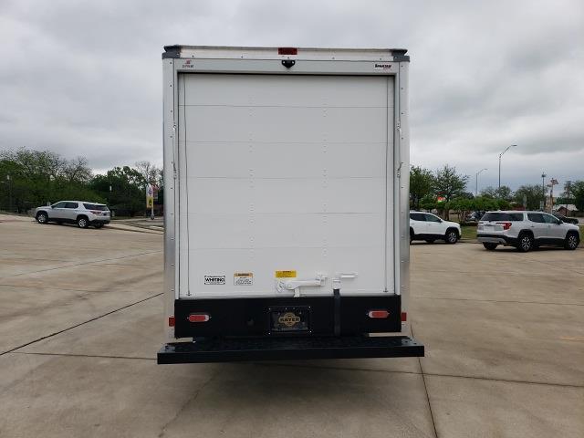2020 Chevrolet Express 3500 4x2, Cutaway Van #47854 - photo 7