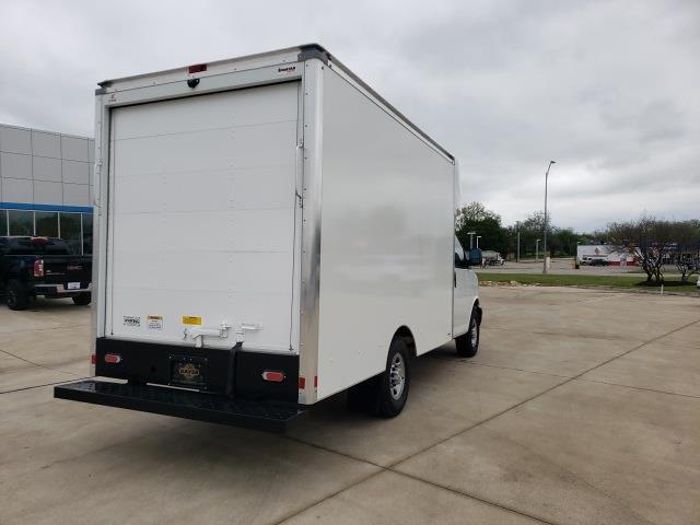 2020 Chevrolet Express 3500 4x2, Cutaway Van #47854 - photo 2
