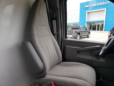 2020 Chevrolet Express 3500 4x2, Cutaway Van #47854 - photo 12